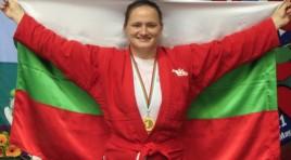 Шампионката Оряшкова и националите се прибраха в България
