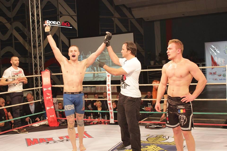 Карашев се справи с румънския си противник на Max Fight 37