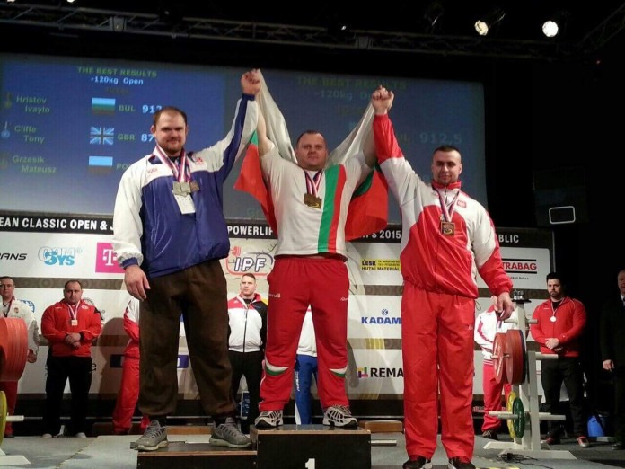 Българин блесна за пореден път с качества и шампионска сила на световния подиум