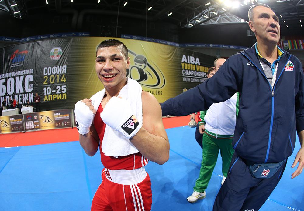 Даниел Асенов сигурен медалист от европейското! Дано да е злато!