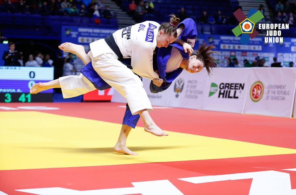 Великолепна Ивелина Илиева спечели сребро и олимпийска квота в Русия