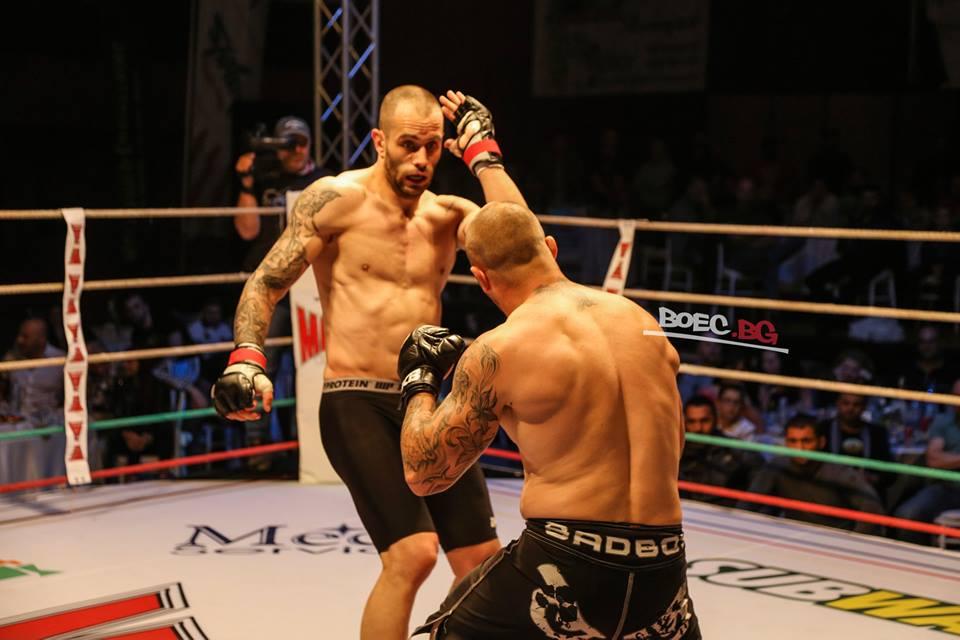 Топалски надви Владислав Кънчев в един истински MAX FIGHT сблъсък (СНИМКИ)