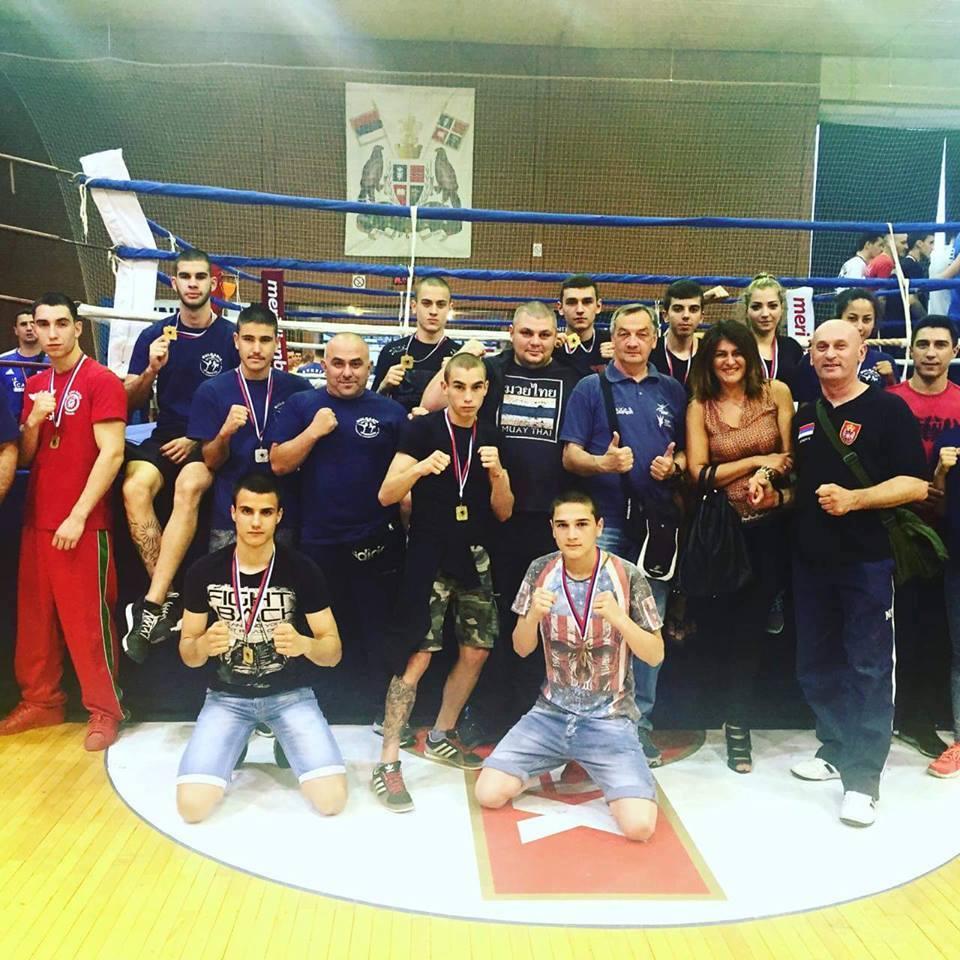 Националите по кикбокс се завърнаха с 13 медала от Балканското първенство в Сърбия