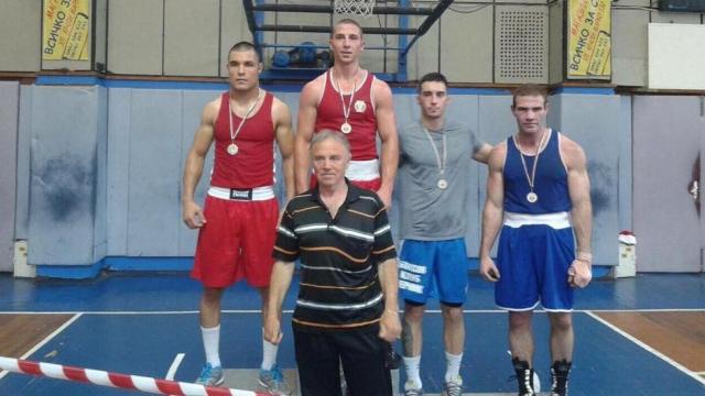 Национал по киокушин триумфира на държавното по бокс