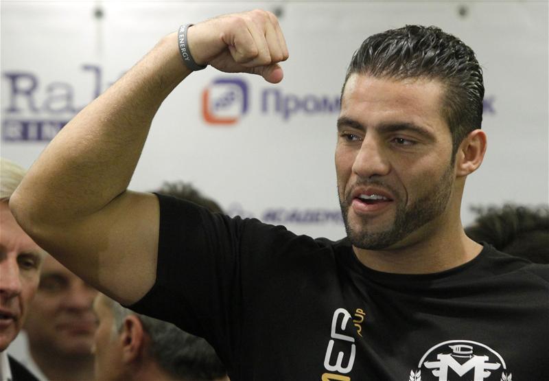Официално отнеха титлата на Мануел Чар от WBA
