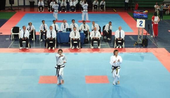 България с първи медал от Световното първенство по таекуон-до в Италия