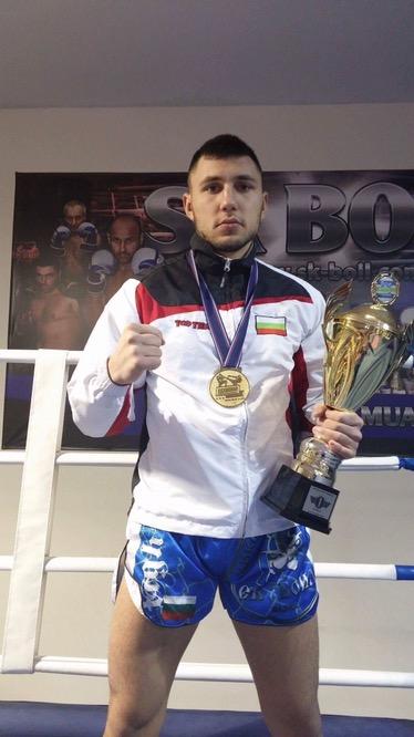 Богдан Шумаров излиза в битка за европейската титла при професионалистите
