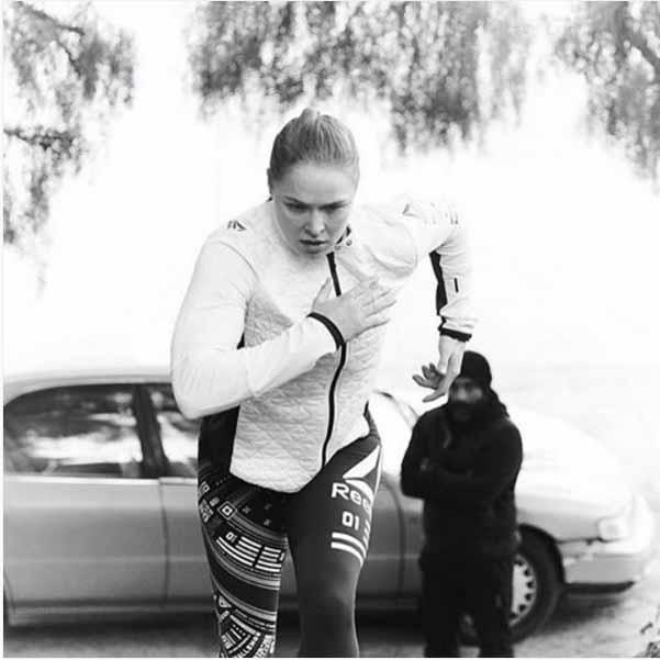 Ronda Rousey в убийствена форма преди UFC 207 (видео и снимки)