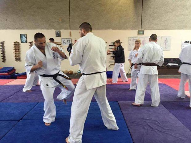 Захари Дамянов събира националите по карате преди световното в Япония