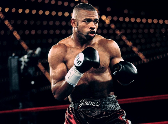 Задава се още един бой между боксьор и ММА боец