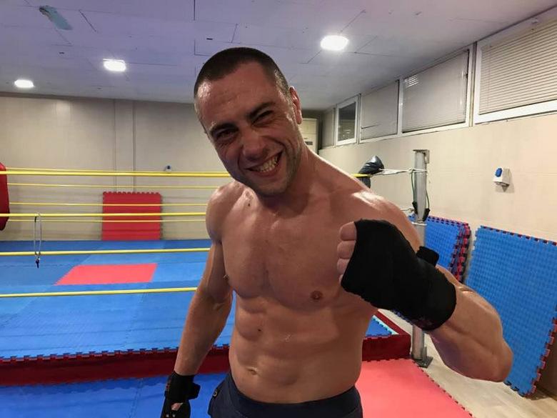 Драго Йорданов и Деян Галинов дебютират в професионалния кикбокс