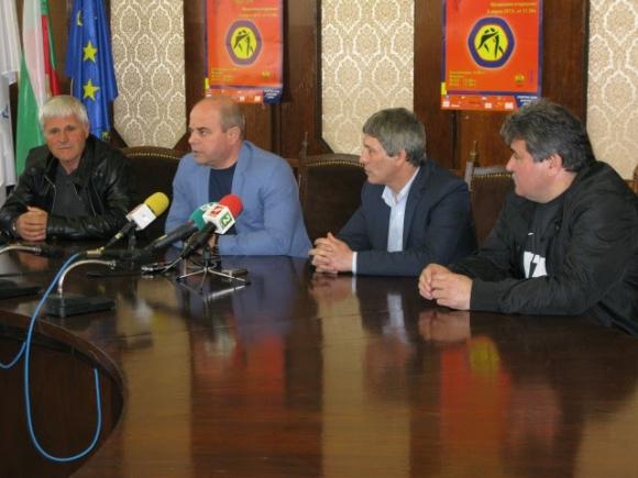 """""""Дан Колов"""" започва на 8 април с над 500 борци"""