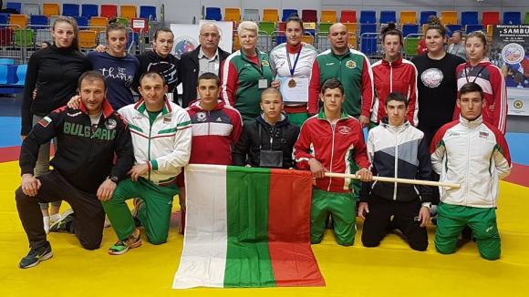 България с титла и още шест медала от Европейското по самбо