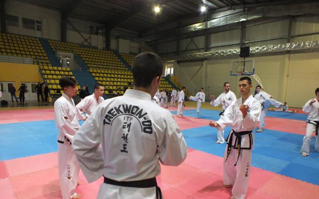 Три златни медала за България в първия ден на Европейското
