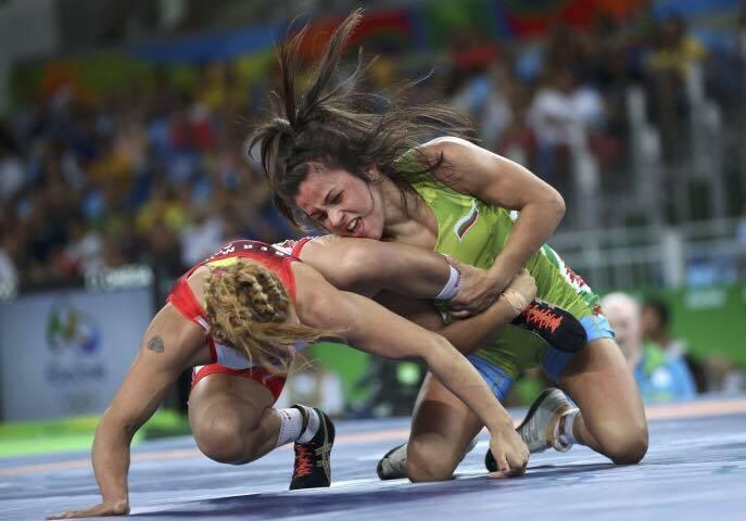 Елица Янкова прегази конкуренцията си на държавното по борба