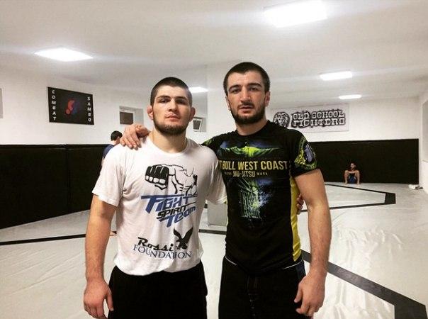 Още един Нурмагомедов влезе в UFC