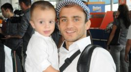 Три за щастие! Световният шампион Радослав Великов с трети син