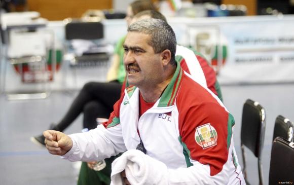 Инфаркт удари треньора на националния отбор