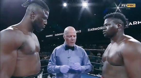 Бърза победа в бокса? Само вижте! (ВИДЕО)