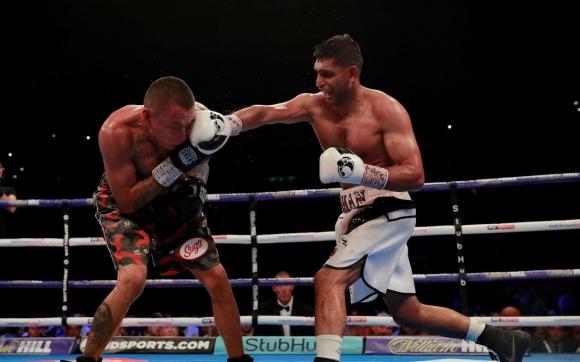 Амир Хан победи Сами Варгас в труден мач
