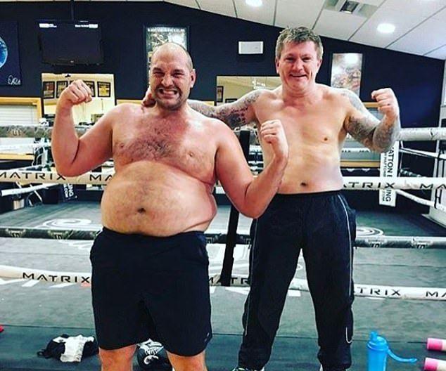 Фюри: Казах на жена ми, че ще се връщам в бокса, а тя отвърна, че съм много дебел