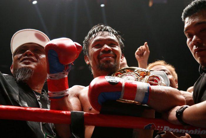 Пакиао се подигра с Мейуедър заради мача с Насукава (ВИДЕО)