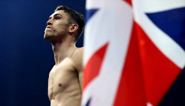 Калъм Смит предизвикан от руски шампион