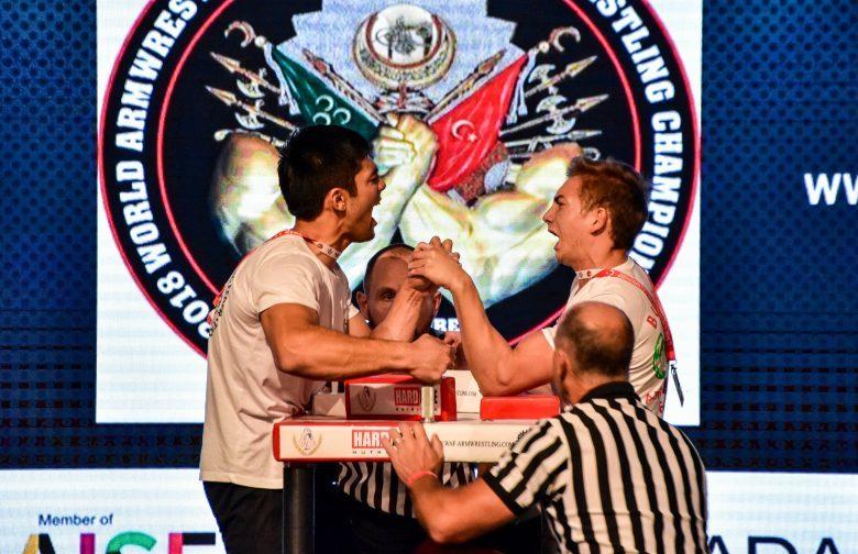 Световното първенство започна със сребърен медал за България!