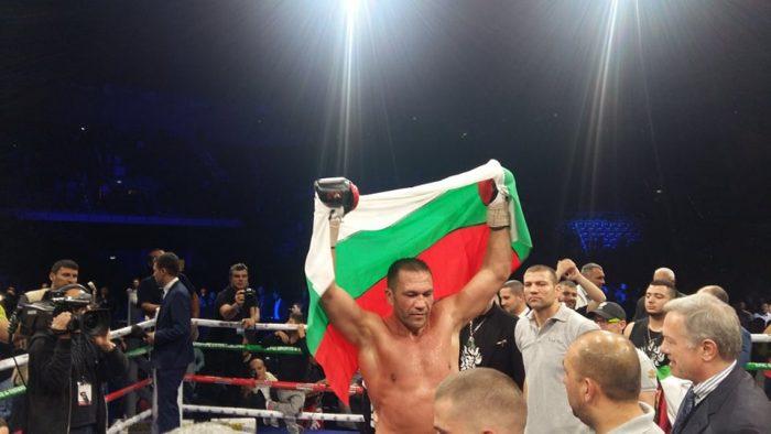 Кобрата: Благодаря на всички българи, които станаха да ме гледат