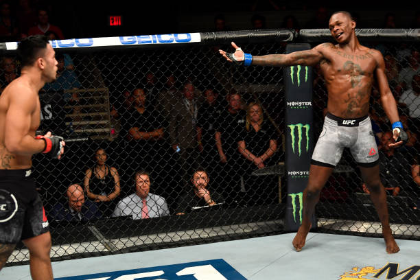 Израел Адесаня с открита тренировка преди UFC 234 (ВИДЕО)