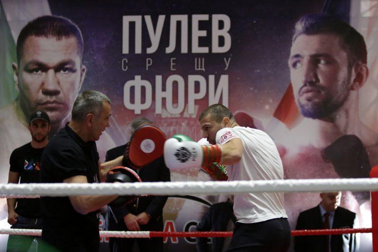 Тервел Пулев разкри защо е сменил треньора си (ВИДЕО)