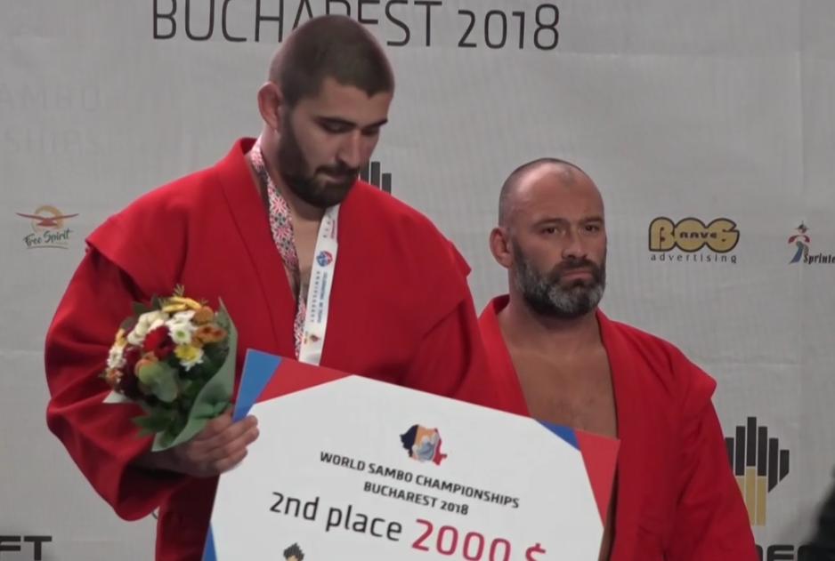 Денислав Златев със сребро от световното по бойно самбо