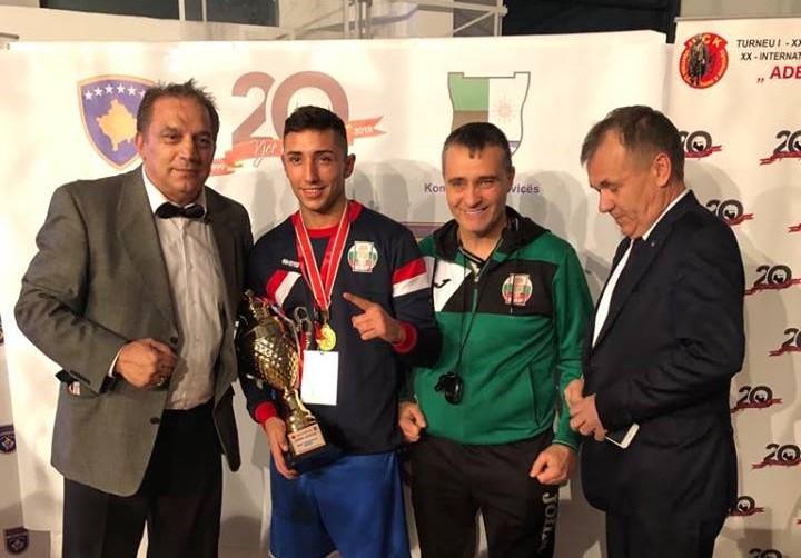 Български боксьор отличен за най-техничен
