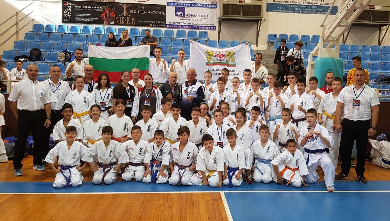 България обра медалите на международно състезание в Гърция