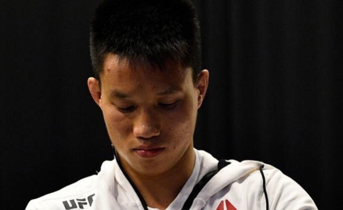 UFC уволни още един боец в категория муха
