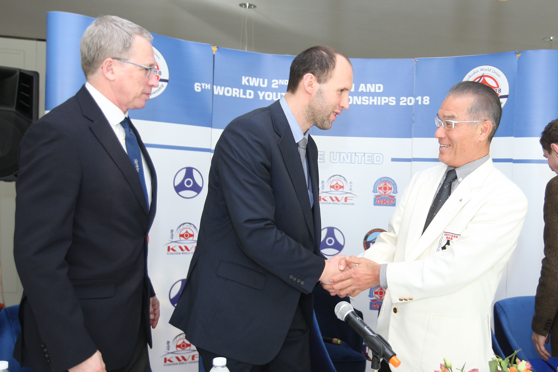 Официална пресконференция преди европейските и световни шампионати по киокушин във Варна (СНИМКИ)