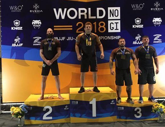 Българин вдигна световната титла по Бразилско Джу Джицу