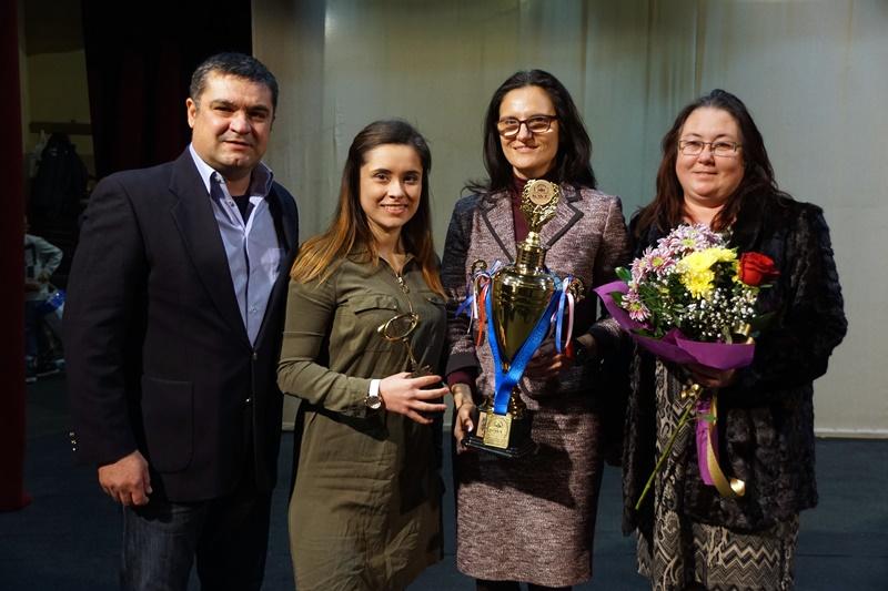 Световната шампионка Любенова стана почетен гражданин на Плевен