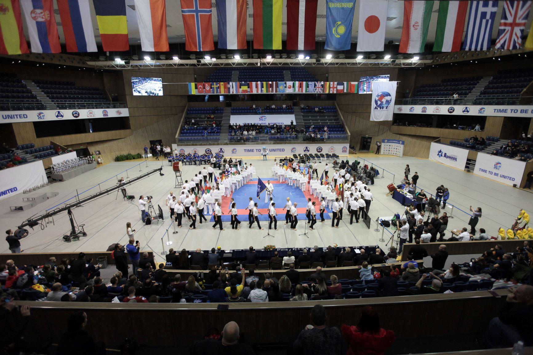 Министърът на спорта откри Европейското първенство по киокушин във Варна