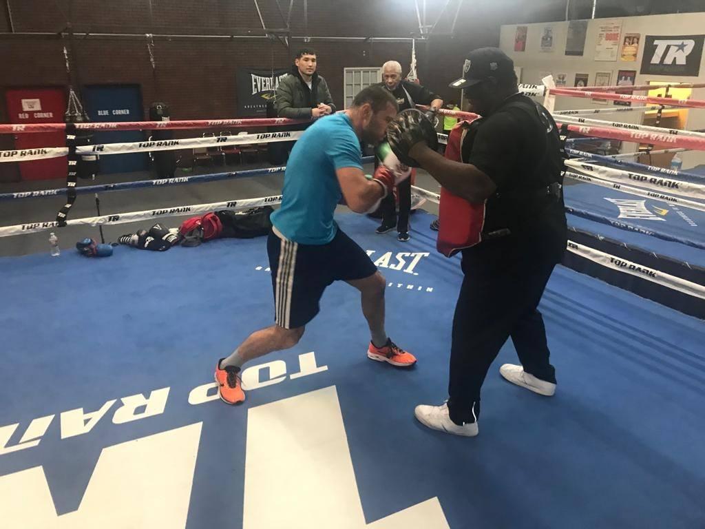 Тервел Пулев тренира здраво в Лас Вегас (СНИМКИ)