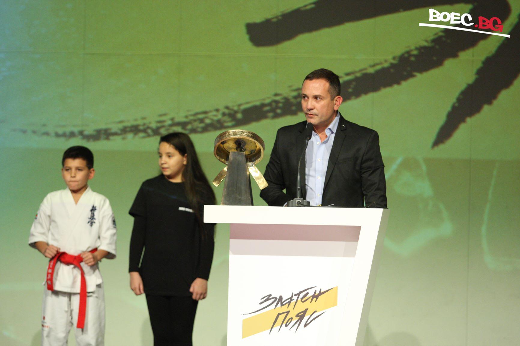 Димитър Тодоранов е най-добър сред треньорите за годината (ВИДЕО)
