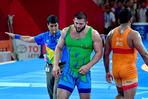 Отнеха медал от Олимпиада на допингиран борец