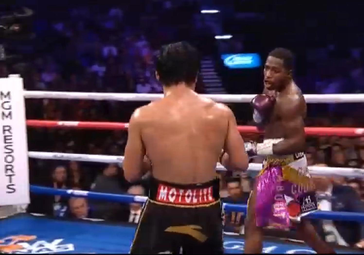 Мани Пакиао го може и на 40! Защити пояса на WBA