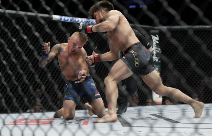 Дилашоу със задължителна почивка от един месец след UFC Бруклин