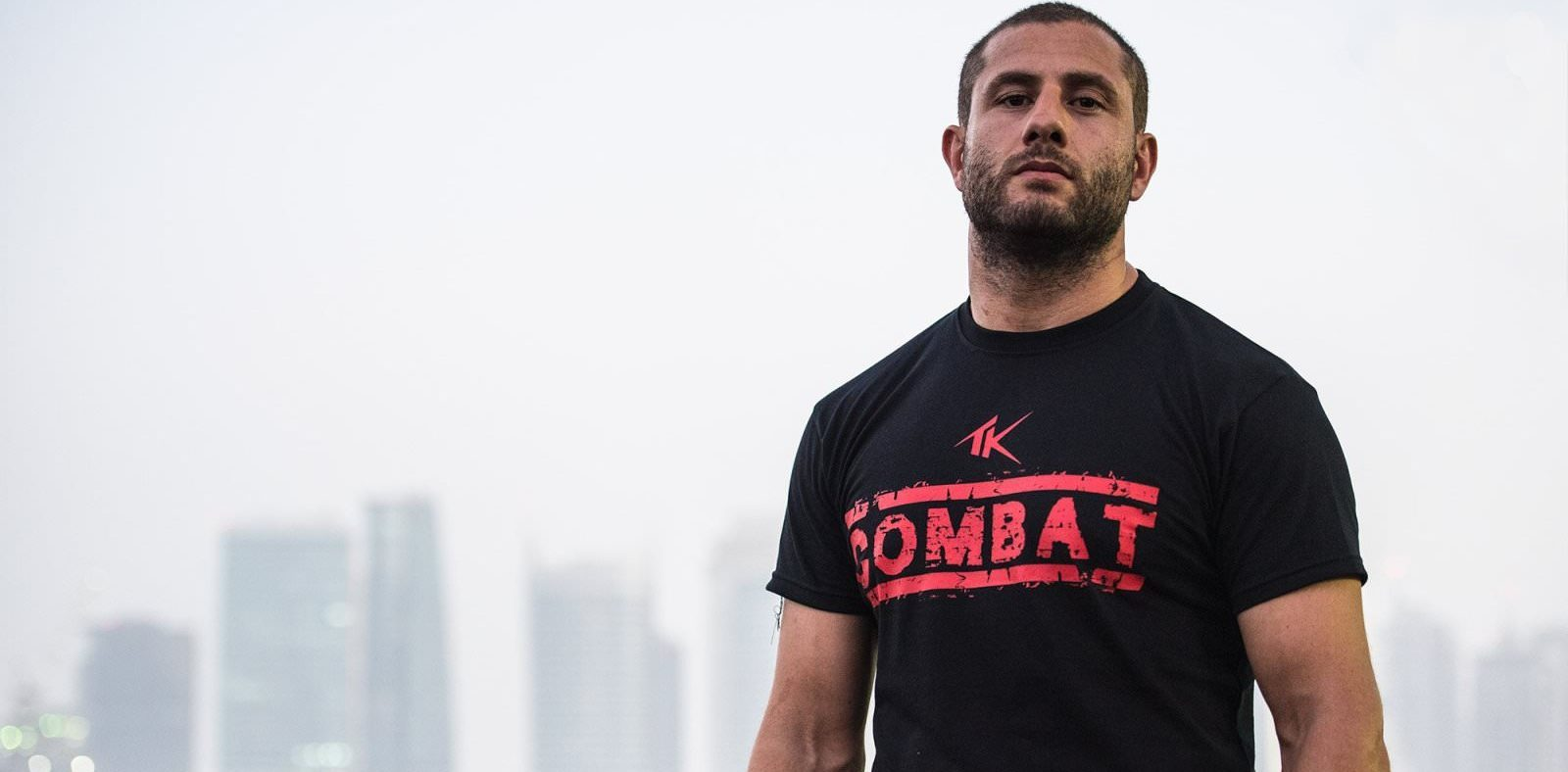 Кикбокс легенда се раздели с UFC