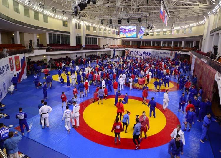 "Русия унищожи конкуренцията на самбо турнира ""Потапов"""