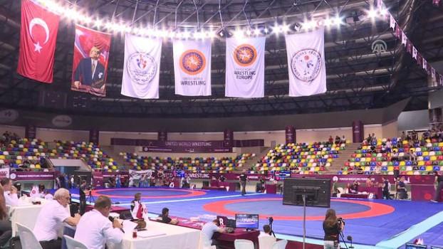 Шестима национали ще участват на турнир по борба в Истанбул