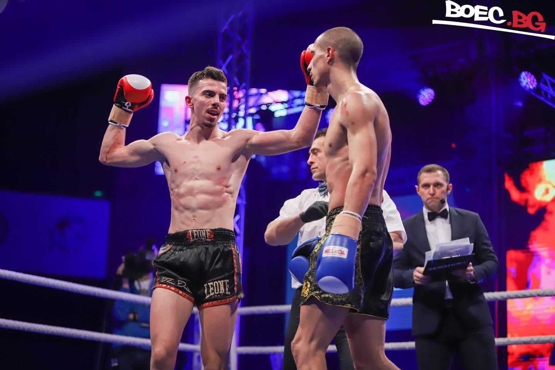 Победата на Михайлов над Славов на SENSHI в СНИМКИ