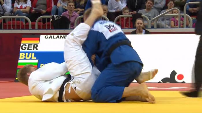 Победа и загуба за Даниел Дичев в Дюселдорф (ВИДЕО)