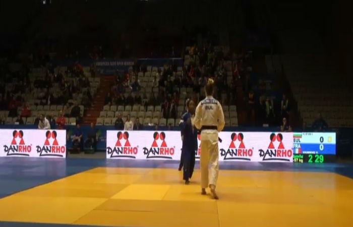 Ивелина Илиева на полуфинал в София